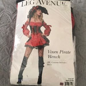 Leg Avenue Pirate Costume